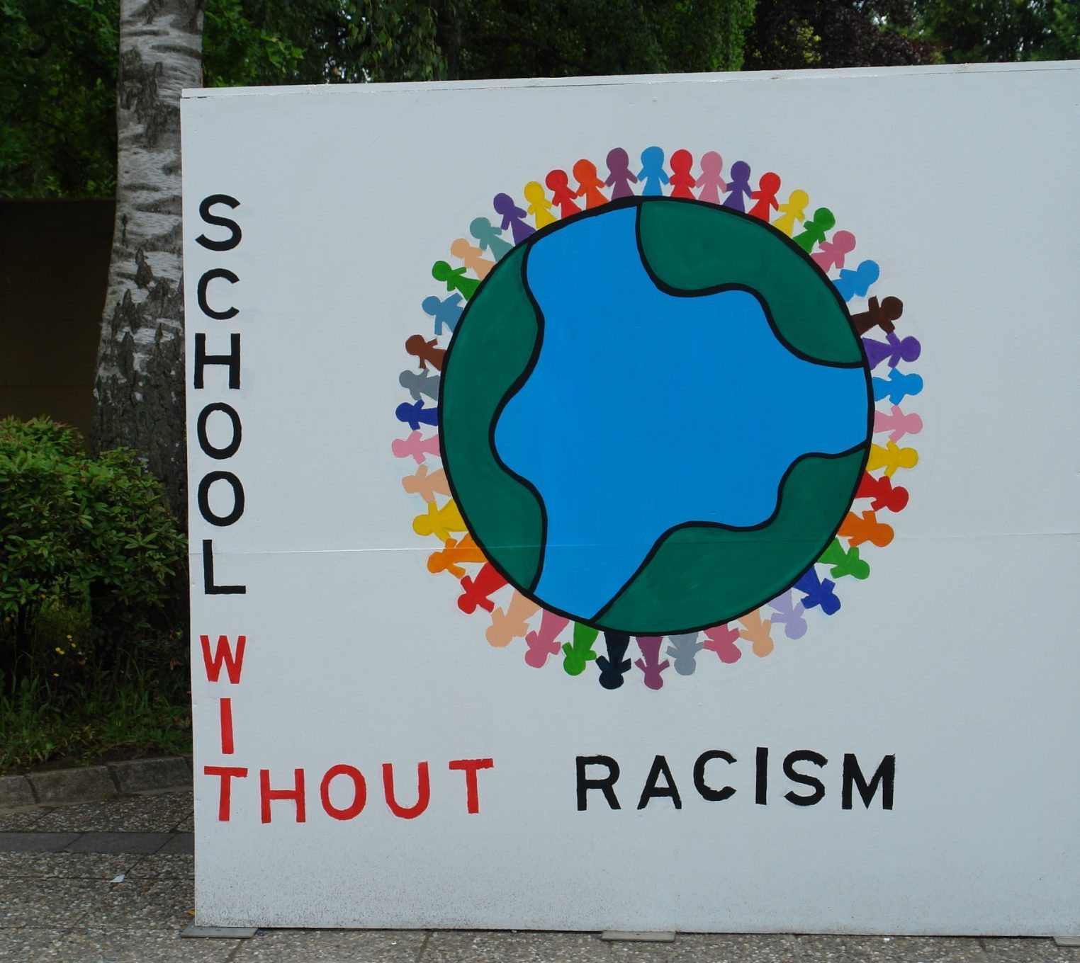 School without racism - Talent week July 2013